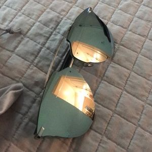 Dior Accessories - Authentic Dior Reflected aviators (silver mirror)
